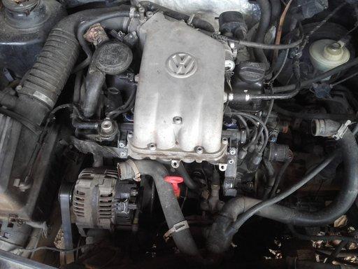 Dezmembrez motor Golf 3 1.6 101cp AEK AFT
