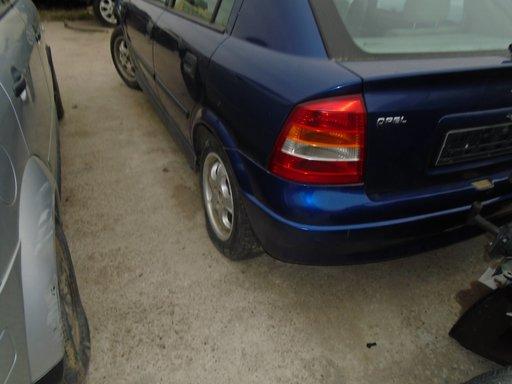 Dezmembrez Opel Adtra G , 2001, 1,8 B , 8 V