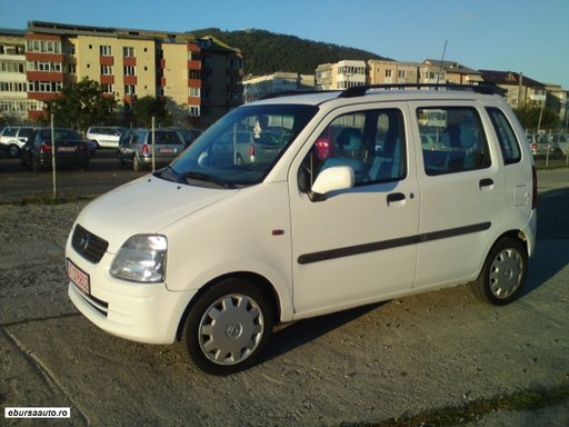 Dezmembrez Opel Agila 1.0L benzina