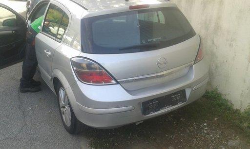 Dezmembrez Opel astra 1.7 cdti 2008