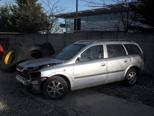 Dezmembrez Opel Astra 1,7cdti An.2001