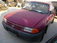 Dezmembrez Opel Astra, an 1996, motor 1.8 benzina