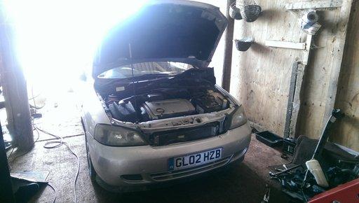 Dezmembrez Opel Astra Bertone Cabrio