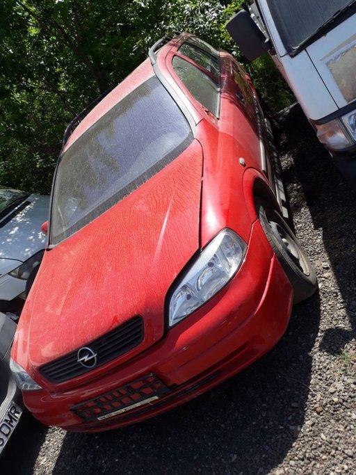 Dezmembrez Opel Astra Caravan 1.7 DTI 55 KW 75 CP Y17DT 2001