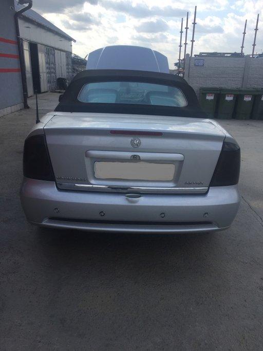 Dezmembrez Opel Astra Coupe 2003 motor 1.8 benzina