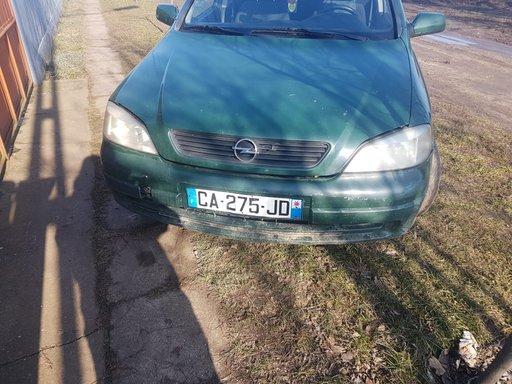 Dezmembrez Opel Astra G 1.6 8v monopunct cod motor X16SZ