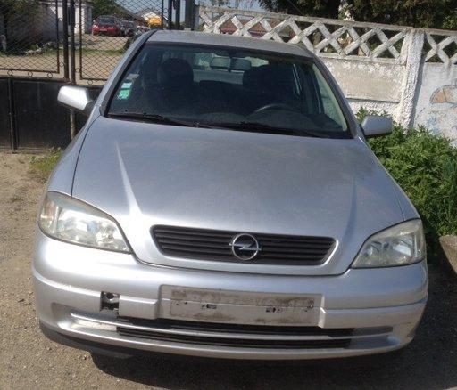 Dezmembrez Opel Astra G 1,6 ben 16v 101 cp 2000