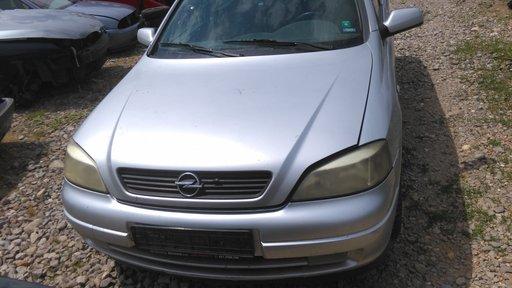 Dezmembrez Opel Astra G 2.0 break/hatchback
