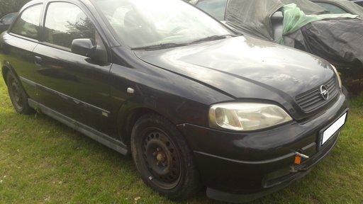 Dezmembrez Opel Astra G 2.0 DTI fabr. 2001