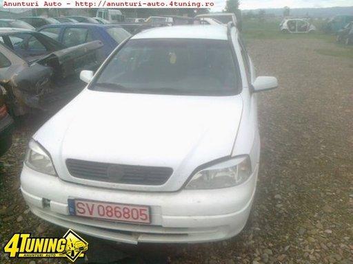 Dezmembrez Opel Astra G 2 0dti An 2001