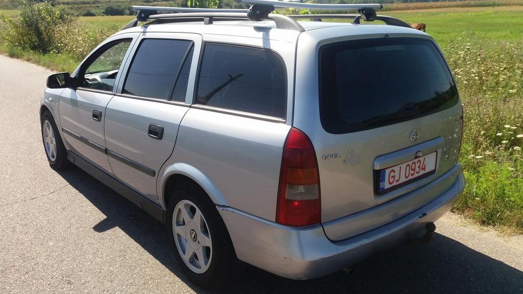Dezmembrez Opel Astra G 2000 break 2.0