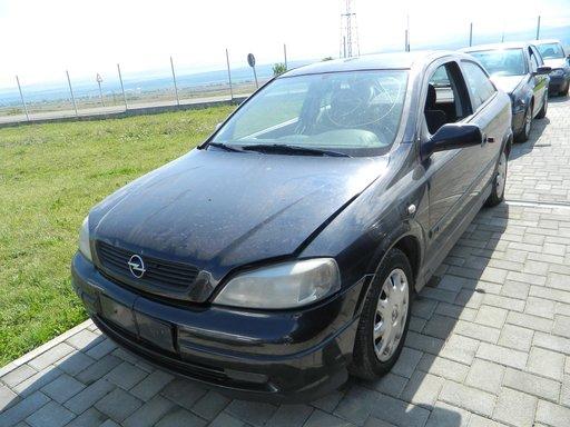 Dezmembrez Opel Astra G, 2000