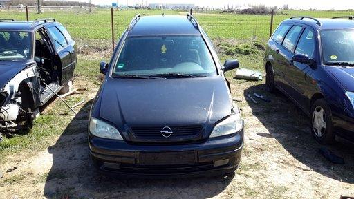 Dezmembrez Opel Astra G 2001 break 2.2 benzina
