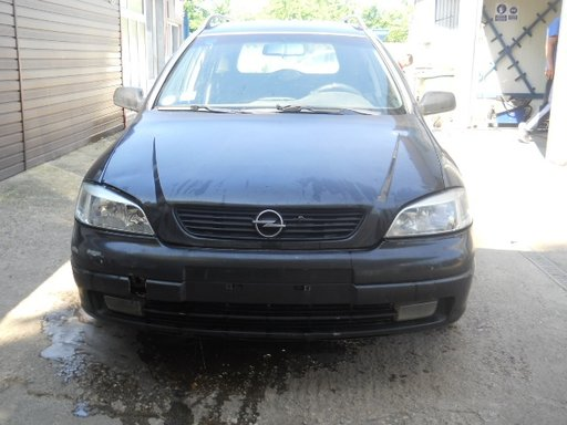 Dezmembrez Opel Astra G 2001 caravan 2,0