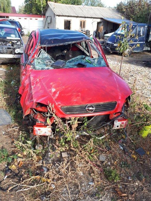 Dezmembrez Opel Astra G 2001 Hatchback 1.6 16V
