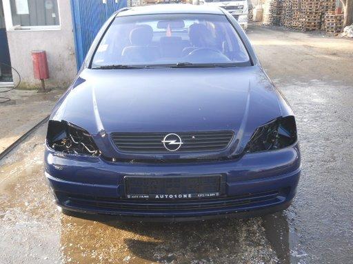 Dezmembrez Opel Astra G 2001 Hatchback 2.0