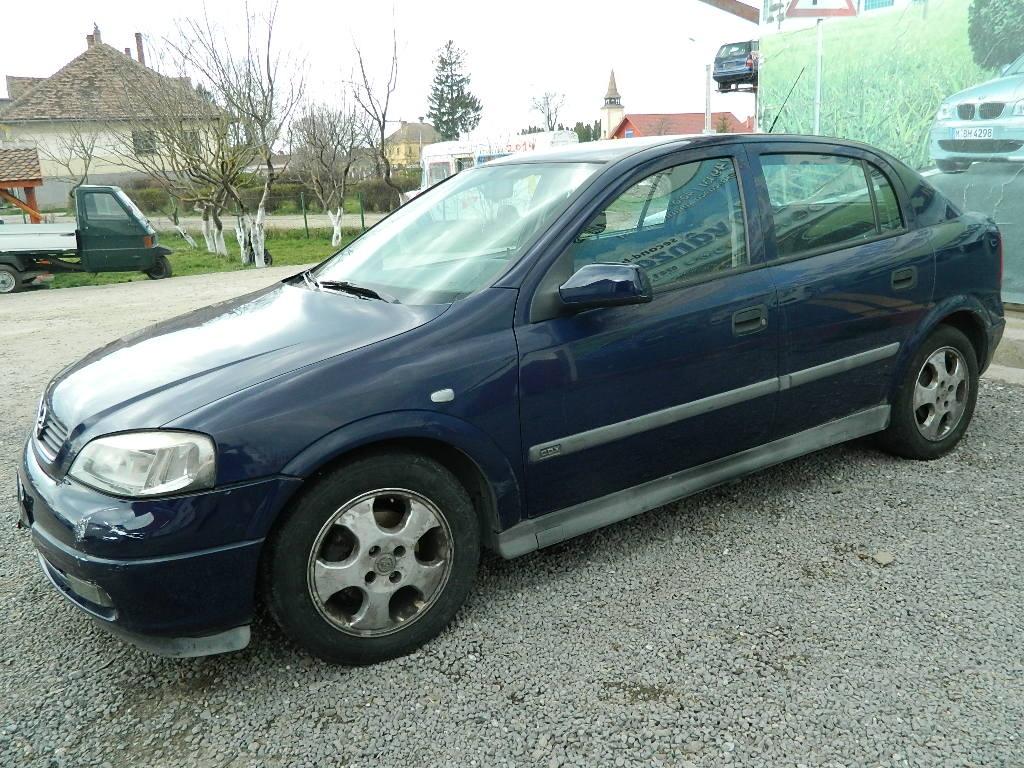 Dezmembrez Opel Astra G - 2002