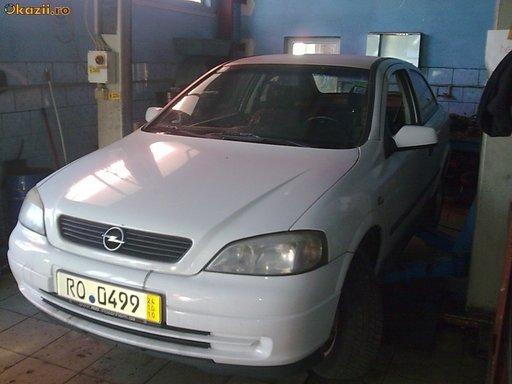 Dezmembrez Opel Astra G, an 1998, 1.7 TD