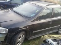 Dezmembrez Opel Astra G an 2002 motor 2.0 Dti