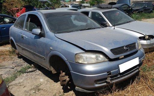 Dezmembrez Opel Astra G an fabr. 2000, 1.6i 16V