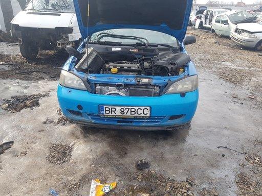 Dezmembrez Opel Astra g bertone 1.8 i fab 2000