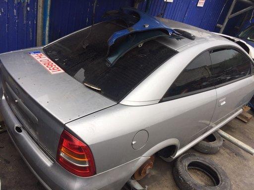 Dezmembrez Opel Astra G bertone Coupe