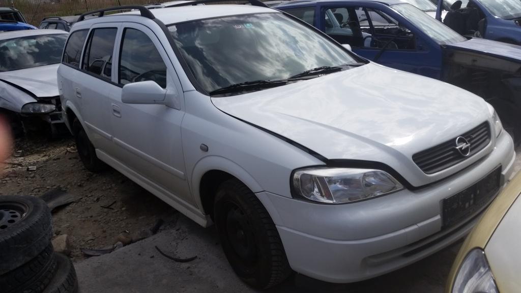 Dezmembrez Opel Astra G break, an 2002, 1.2 benzina