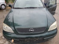 Dezmembrez Opel Astra G Break din 2002
