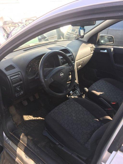 Dezmembrez Opel Astra G Caravan 1.7 Diesel