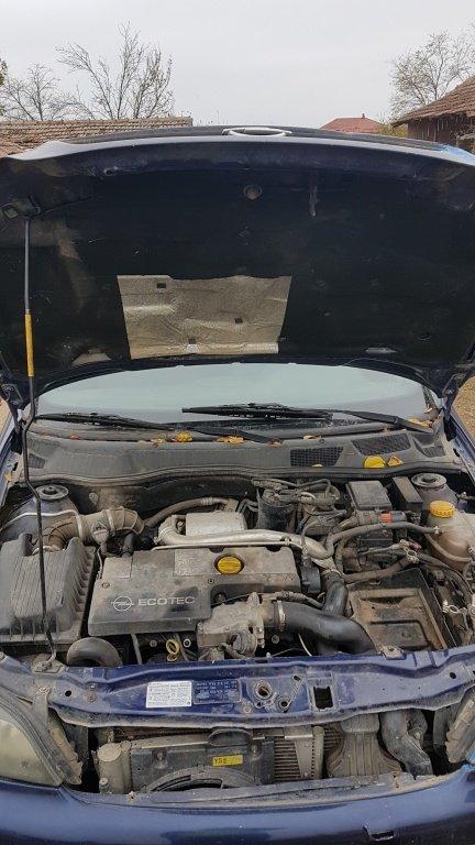 Dezmembrez Opel Astra G Caravan an 2003 2.0 Diesel