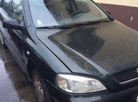 Dezmembrez Opel Astra G hatchback motor: z14xe