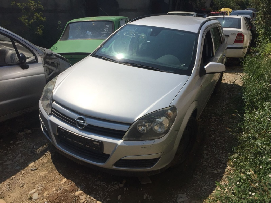 Dezmembrez Opel Astra H 1.3 CDTI 2006 Z13DTH