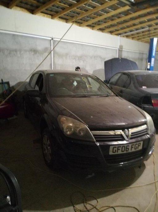 Dezmembrez Opel Astra H 1.3 CDTI 2007