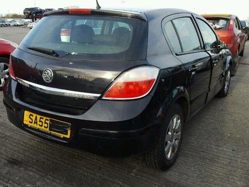 Dezmembrez Opel Astra H 1.7cdti 2005