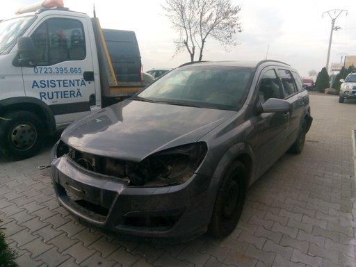 Dezmembrez Opel Astra H 1.9 CDTI