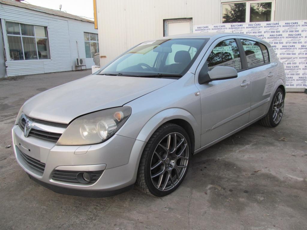 Dezmembrez Opel Astra H 2004 1.8i
