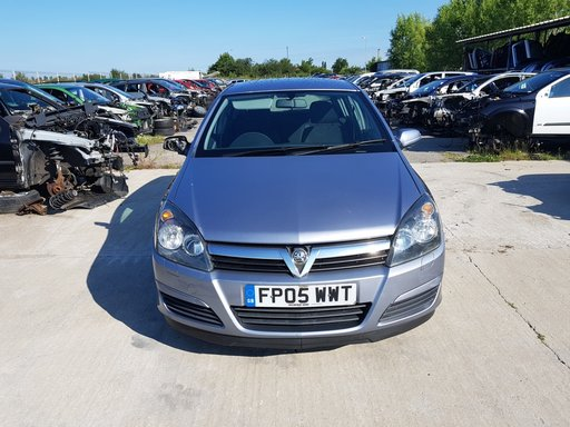 Dezmembrez Opel Astra H 2005 Hatchback 1.7