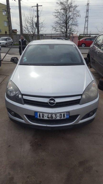 Dezmembrez Opel Astra H 2006 Coupe 1.9 CDTI