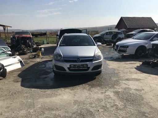 Dezmembrez Opel Astra H 2007 combi 1,7 cdti
