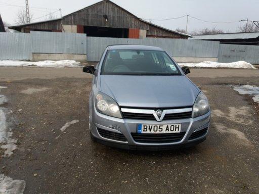 Dezmembrez Opel Astra H Argintiu 1.7 CDTI