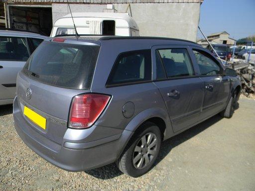Dezmembrez Opel Astra H caravan 1.7 CDTI, 2005