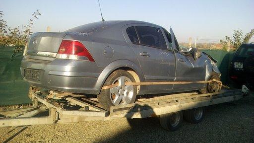 Dezmembrez Opel Astra H1.3 CDTI 66 kw an 2008