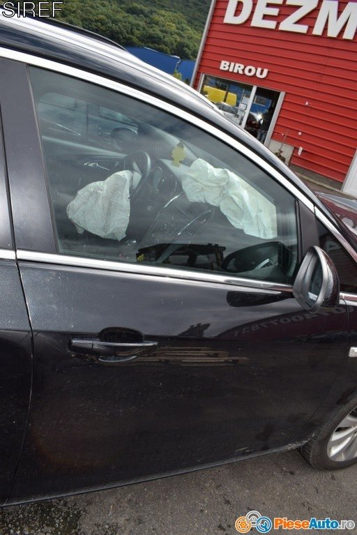 Dezmembrez Opel Astra J 2.0 CDI 2014