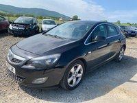 Dezmembrez Opel Astra J 2011 HATCHBACK 1.7