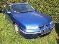 Dezmembrez Opel Calibra an 1996