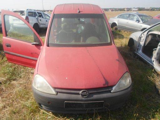 Dezmembrez Opel Combo 1.7 isuzu