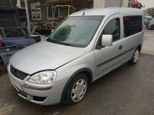 Dezmembrez Opel Combo 2003 1.7dti Isuzu