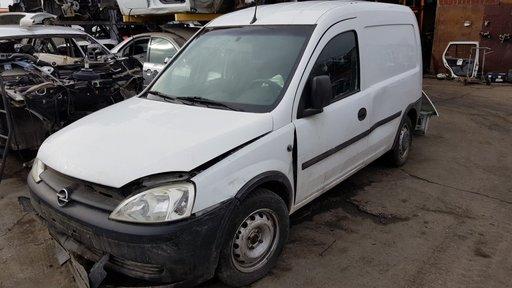 Dezmembrez Opel Combo 2004 1.3cdti Z13DTJ