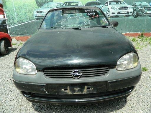 Dezmembrez Opel Corsa B ,1997-2000
