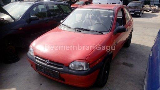Dezmembrez Opel Corsa B, an 1996